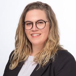Lauren Curta